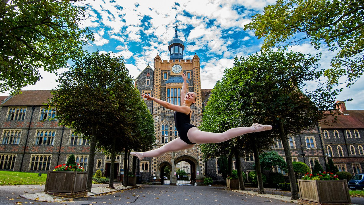 Dance-Scholarships-at-Brighton-College