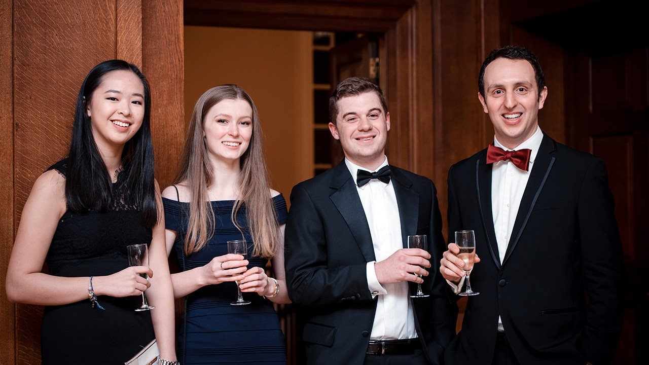 Scott-Sheridan-with-Old-Brightonian-Oxford-Pupils.jpg