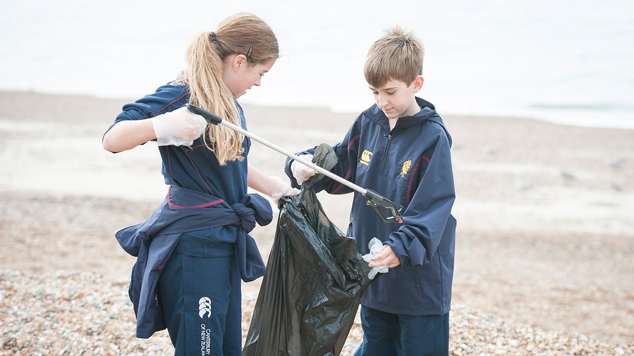 Plastic-Recycling-and-Beach-Clean-at-Brighton-College.jpg