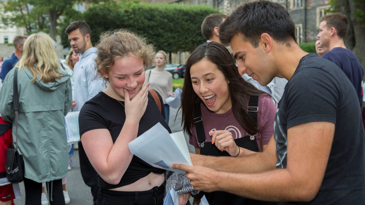 a-level results 2018 04.jpg