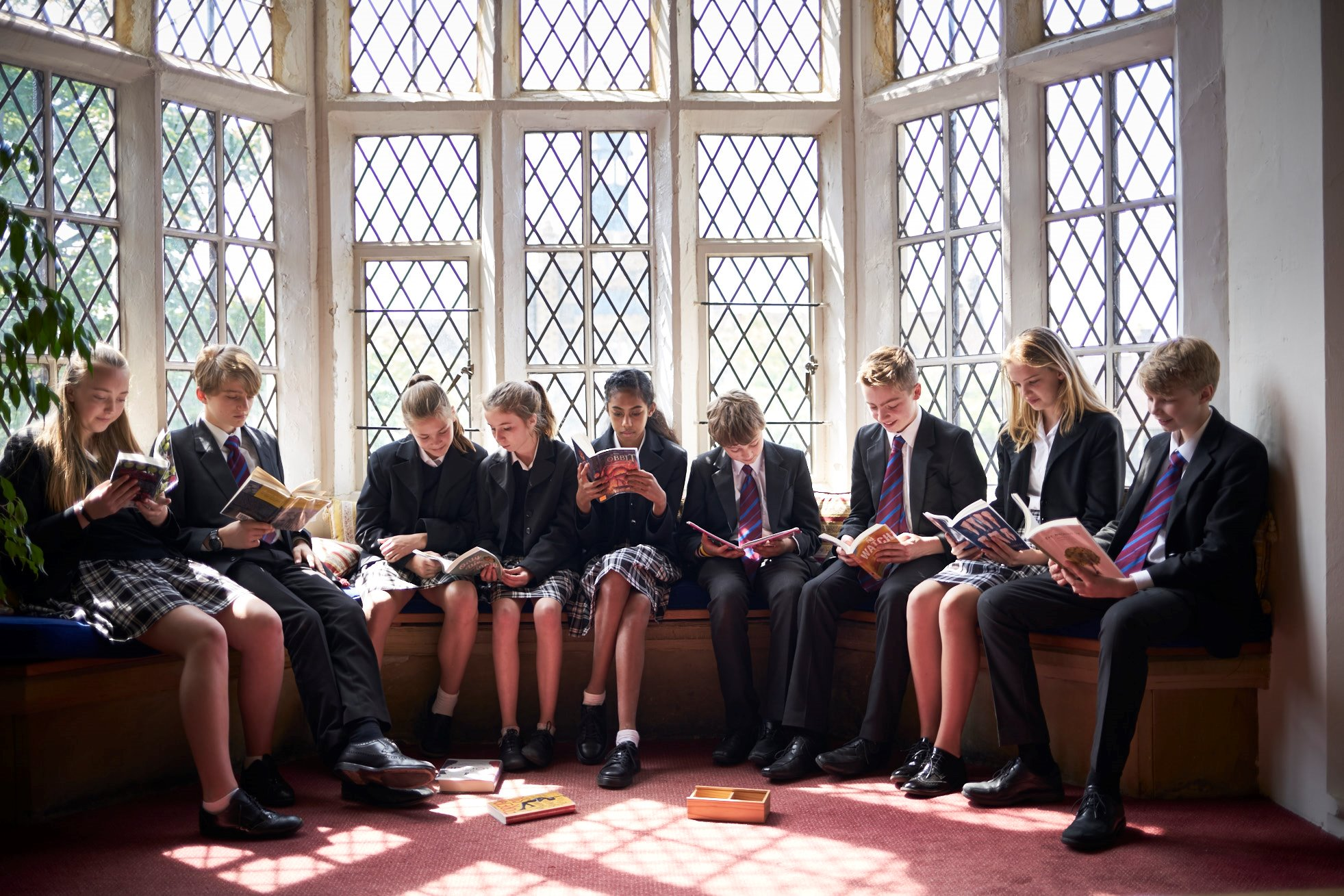 Library pupils reading.jpg